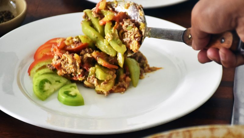 Khmer Beef with Green and Red Tomatoes